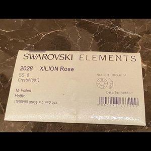 Authentic Swarovski Crystal Elements Hotfix SS8